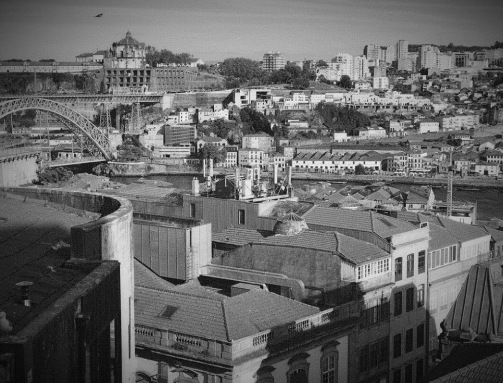 Un romance furtivo en Oporto