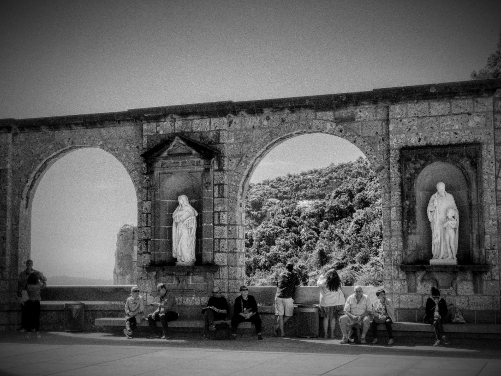 Montserrat y el Santo Grial