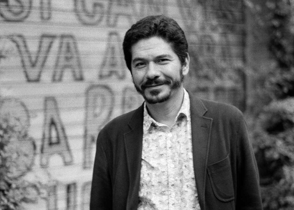 Juan Pablo Villalobos: Uno elige su genealogía como escritor