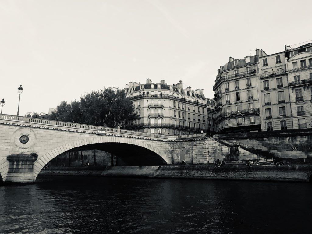 Un cuento de Maupassant: Sobre el agua