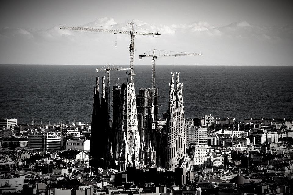 Barcelona entre líneas