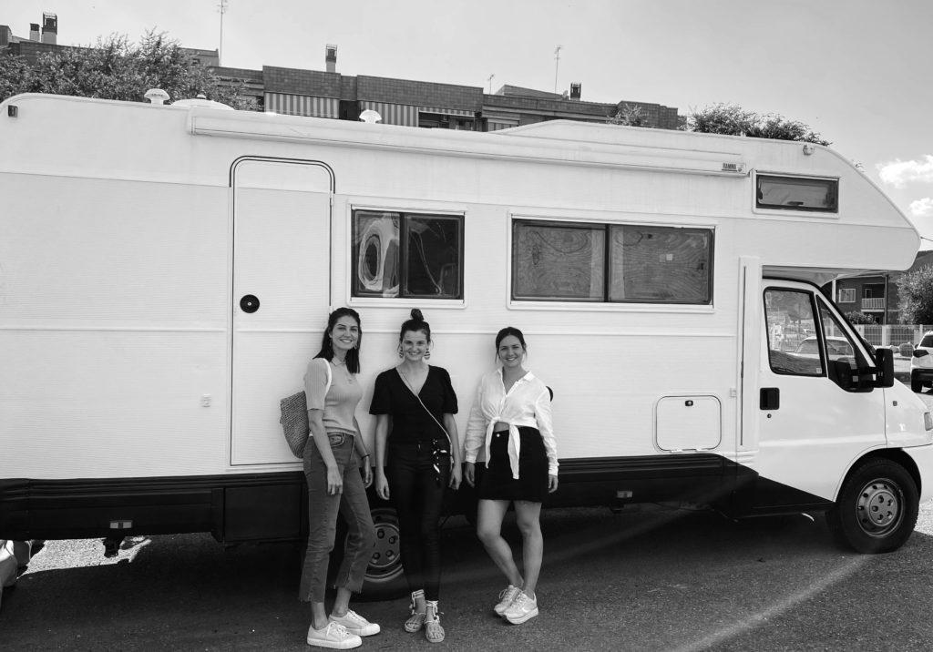 Tres hermanas y un proyecto transmedia