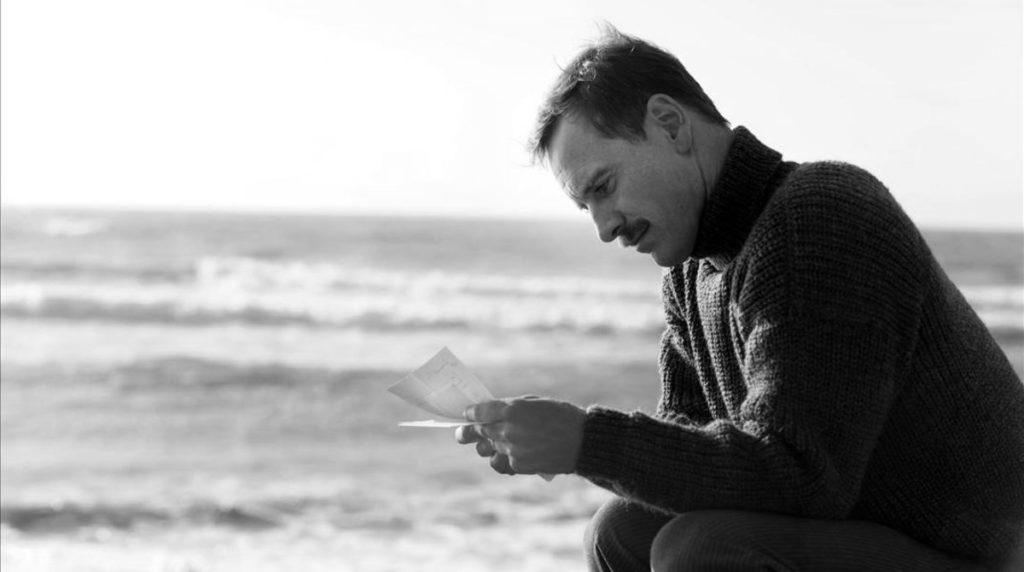 Michael Fassbender y la soledad del guardafaros