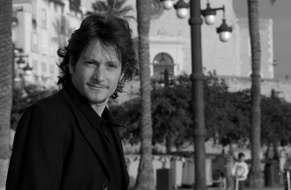 Francesco Luti: La traducción de poesía es sinónimo de pasión