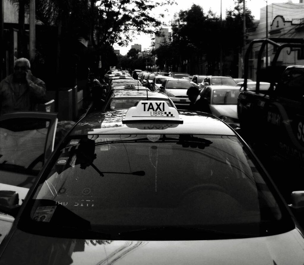 De taxis y taxistas (VI)