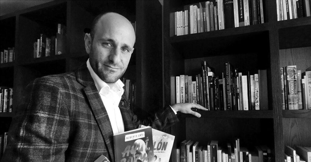 La vida está en otra parte: Alberto Lati