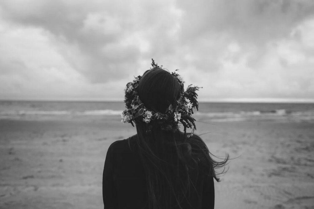 La mujer que viene del mar